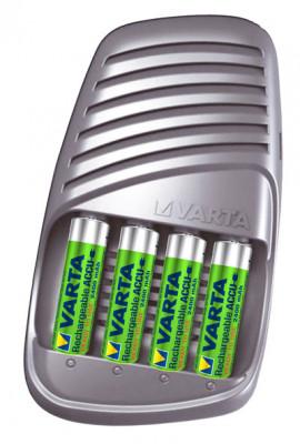 VARTA - 15 Minuten Ultra Fast Charger